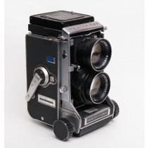 Mamiya C33 Pro/ 105mm f3.5 lens
