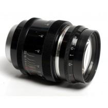Jupiter 9 85/f2 Leica 39mm screw fit.