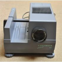 Kindermann Diafocus 66T  medium format slide projector