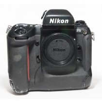 Nikon F5 35mm AF Professional SLR Film Camera Body