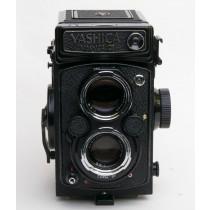 Yashica Mat 124 G Twin Lens Reflex Camera with Yashinon 80mm f3.5 Lens